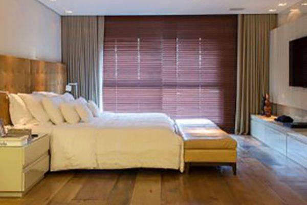 cortina 047